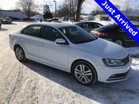 Certified Pre-Owned 2015 Volkswagen Jetta 2.0L TDI SEL w/LIghting Package