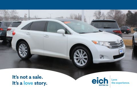 Pre-Owned 2011 Toyota Venza Base FRONT DRIVE MOONROOF